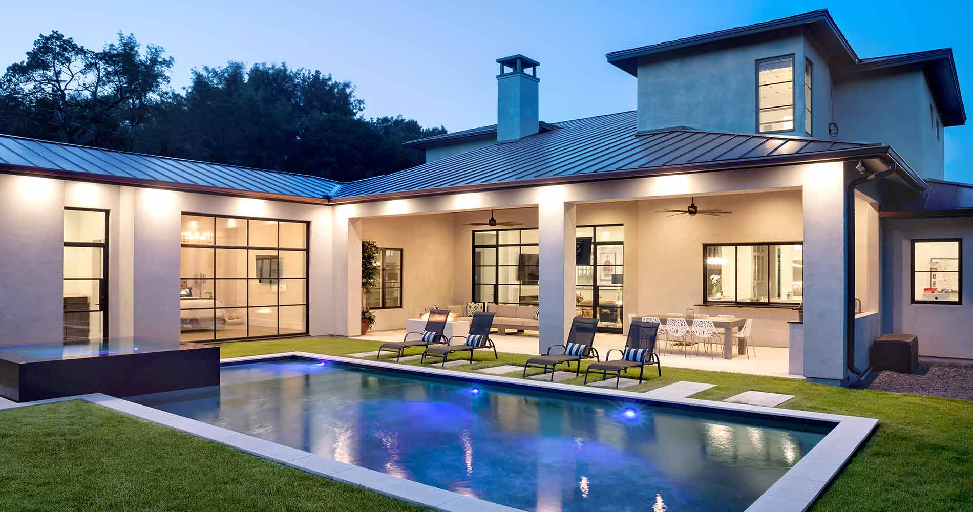 modern Texas transitional pool